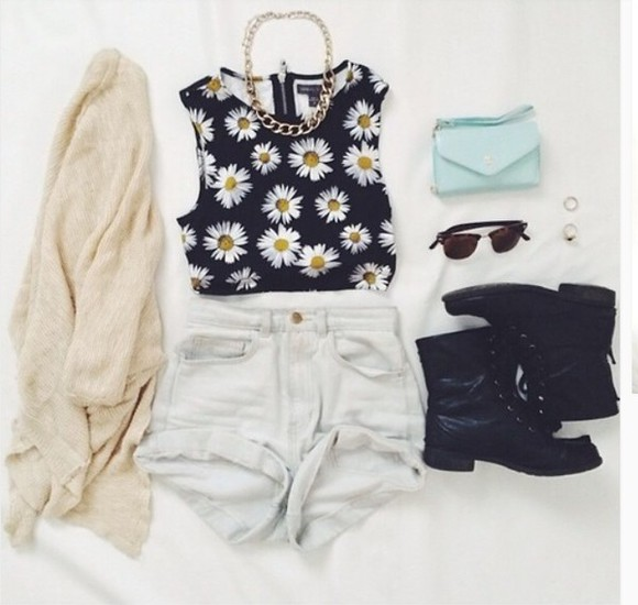 floral black daisy crop tops top