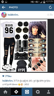 t-shirt,hood,black and white,outfit,outfit idea,baddiekouture_,jeans,bag,instagram,number,make-up,black beanie,hype,eye makeup,nails,black ripped jeans,black sunglasses,clutch,bitch