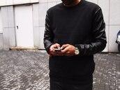 sweater,skin,sleeves with skin,black dress,jacket,black jacket