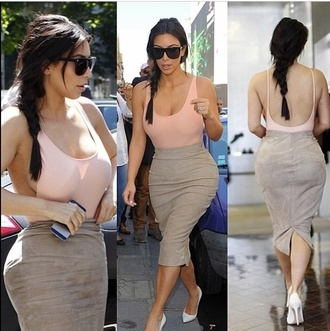 blouse bodysuit spaghetti strap side boob cut out top backless top backless kim kardashian stlyle fashion peach outfit casual chic