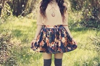 skirt hipster oversize floral blouse