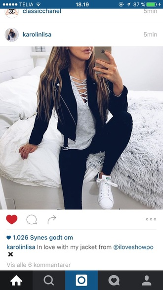 black jacket grey top lace up black leggings leggings white sneakers snekers top tumblr shirt jacket tumblr outfit lace up top coat shoes outfit black leather leather jacket blouse grey knitwear vans skinny jeans sweater grey sweater long sleeves grey t-shirt