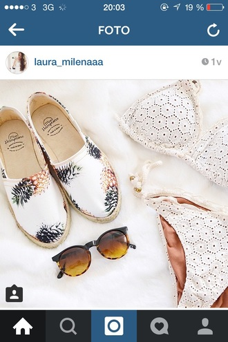 shoes white white shoes espadrilles yellow espadrilles skull espadrilles flats yellow pineapple pineapple print pineapple shoes pineaple print white shoes every day look ootd white shoes with buckle white shoes summer dentelle