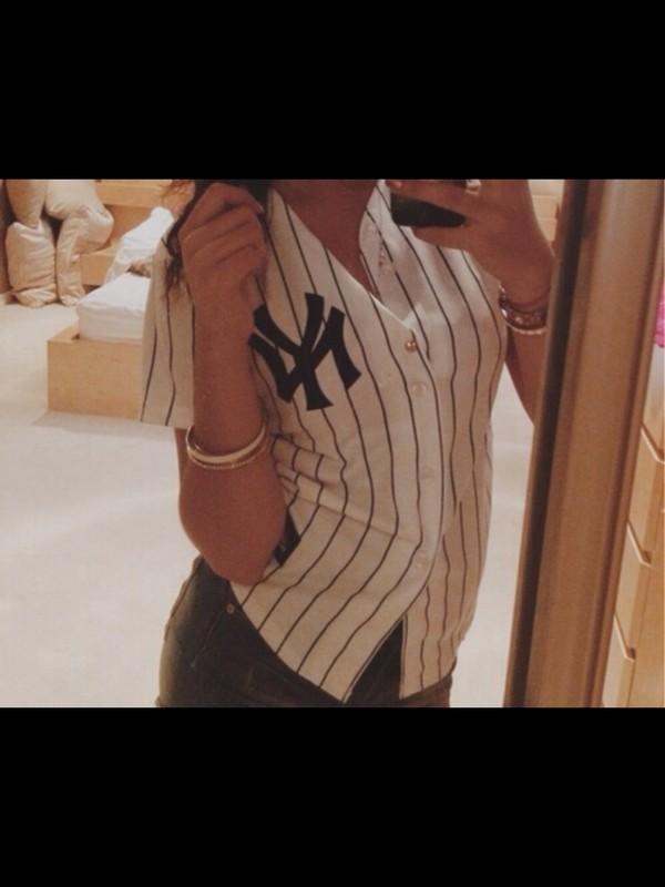 sweater baseball fashion
