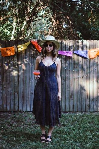 a.vizastyle blogger jumpsuit shoes hat sunglasses sandals summer outfits