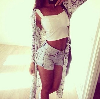 sun denim cardigan denim shorts summer outfits high waisted shorts white crop tops style classy crop tops top ripped jeans skinny pants skinny jeans ripped shorts maxi jacket