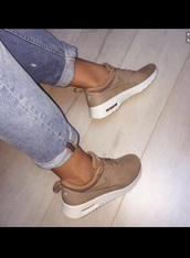 shoes,nike,nude,urban,sneakers