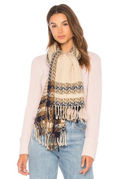Hat Attack scarf beige