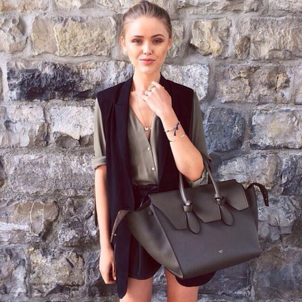 bag black black bag style fashion school bag bags and purses purse leather bag leather bag charm