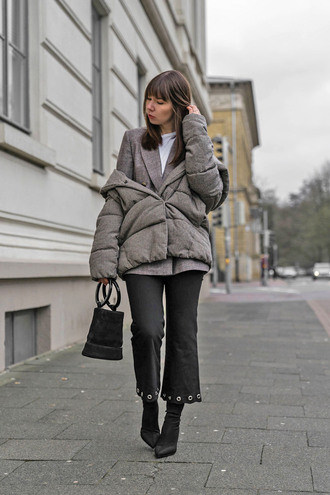 jacket tumblr grey jacket blazer grey blazer denim pants black pants cropped pants boots black boots