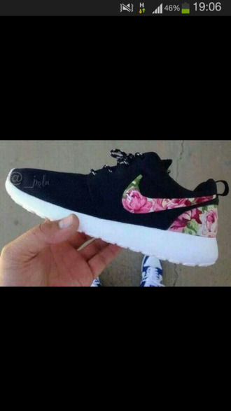 shoes roshe flowers the netherlands beautiful shoes want them soo bad where can i get it !! nike roshe run please help me find these beautiful shoes i want this so much