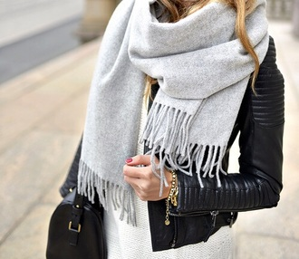 scarf grey style coat echarpe black bag dress leather jacket blonde hair gold bracelet curly hair grey sweater tumblr outfit black skirt grey scarf accessories jacket biker jacket jewels jeans outfit fashion girly ootd infinity scarf winter scarf nail accessories girl fashion fall outfits cute accessory gray scarf black coat purse handbag white t-shirt