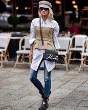 bag,black bag,shirt,white shirt,long shirt,top,sunglasses,hat,fisherman cap,boots,black boots,jeans,denim,blue jeans