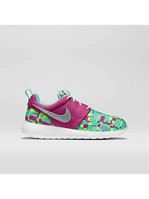 huge selection of 95aed 31807 The Nike Roshe Run Print (3.5y-7y) Girls Shoe.