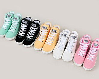 shoes allstars converse girl dope girly pink turquoise yellow black white love cute high top sneakers high tops sky blue