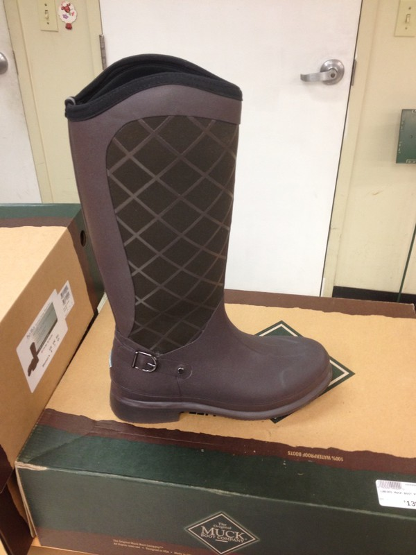 shoes cowboy muck boots