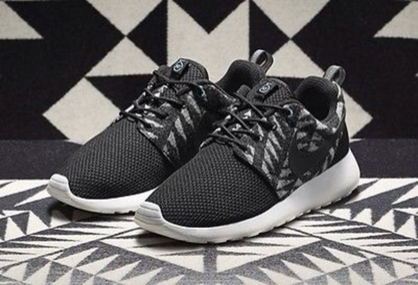 shoes nike roshe run workout black indian running shoes nike running shoes nike
