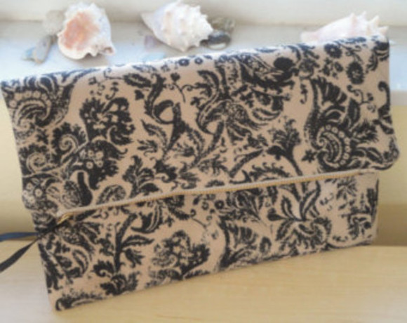 floral pattern bag clutch nude