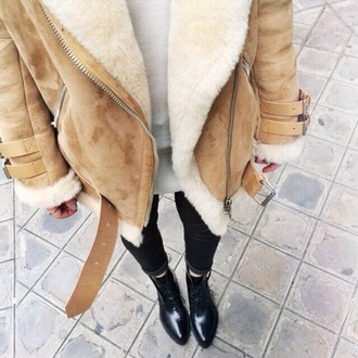coat jacket style suede brown leather jacket faux fur jacket fashion shoes black jeans black high waisted pants pants jeans t-shirt sweater caramel coat