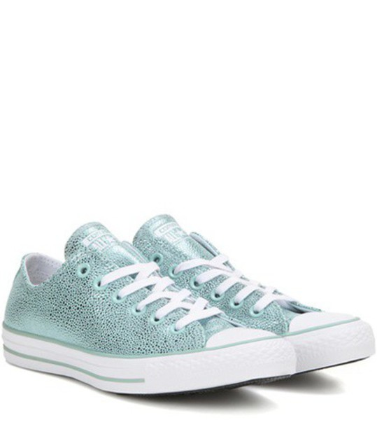 Converse Chuck Taylor All Star Stingray Ox Metallic Leather Sneakers in blue