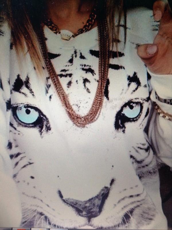 sweater white tiger jumper blue eyes