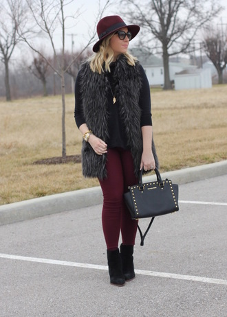 stylin in st. louis blogger jacket pants shoes hat jewels sunglasses bag fur vest winter outfits ankle boots