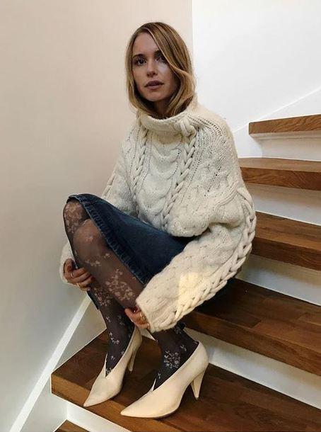 sweater tights pernille teisbaek blogger instagram skirt winter sweater