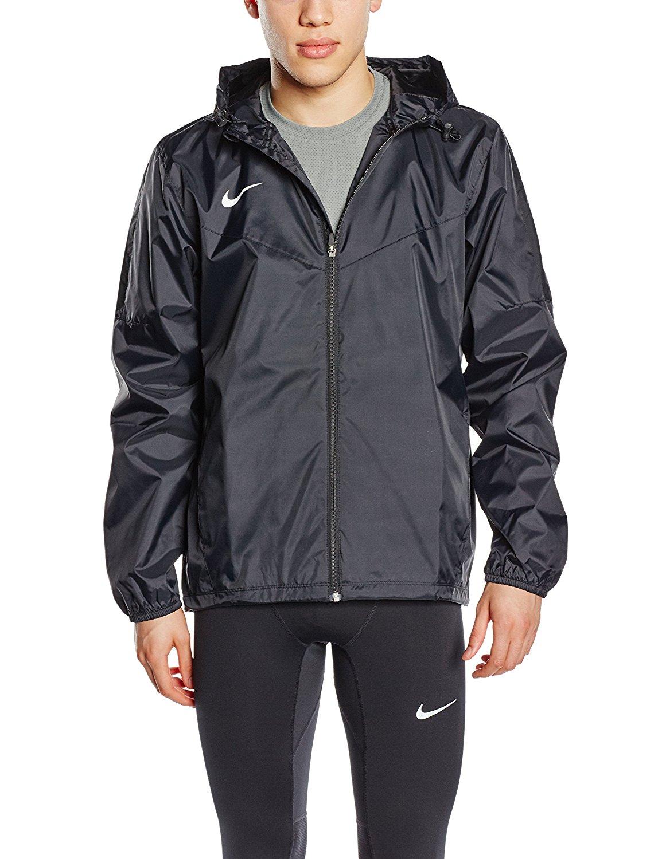 37b37c09984d Amazon.com  Nike Men s Soccer Team Sideline Rain Jacket  Sports ...