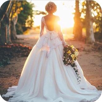 dress back wedding long sleeve lace wedding dress lace wedding dress wedding clothes wedding dress wedding hairstyles