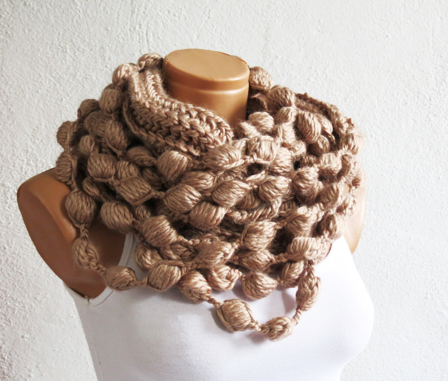 Brown infinity scarf, chunky infinity scarf, brown scarf, scarf, brown, crochet, fall, winter, crochet, valentines day, gift for her, wrap