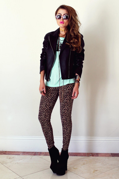 leopard print t-shirt fated to be hated blogger jacket sunglasses tights