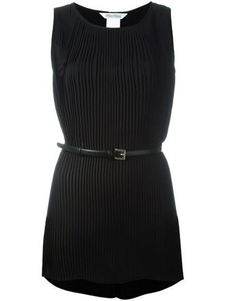 top pleated black