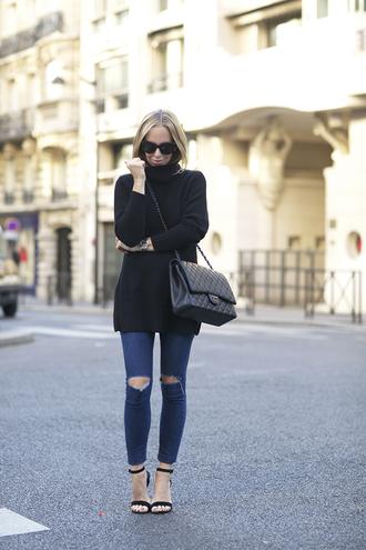 brooklyn blonde blogger sweater shoes bag sunglasses
