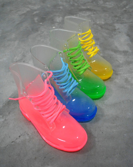 shoes clear boots clear boots jelly neon neon boots neon shoes rain boots color rain boots green , jelly boots , clear transparent jelly boots