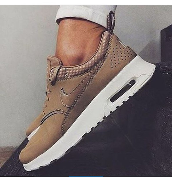 nike beige shoes for women