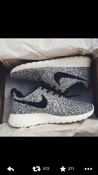 shoes print nike roshe run nike roshe run black and white nike