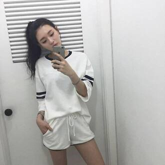 top jersey mid length sleeves loose oversized sweater oversized jersey tee shirt stripes striped top white white top white t-shirt