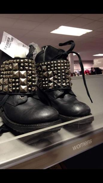 shoes boots studs black
