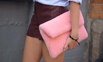 bag pink pink clutch pink fur clutch fur clutch fur bag? pink bag fuzzy pink bag
