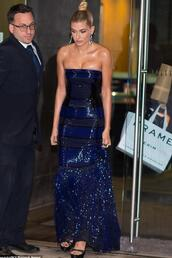 dress,gown,prom dress,prom gown,hailey baldwin,strapless dress,sequins,sequin dress,navy dress,navy