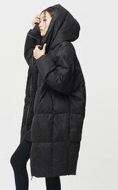 coat,black coat,puffer coat,long black coat,long coat,black puffer coat,puffer jacket,asian girl