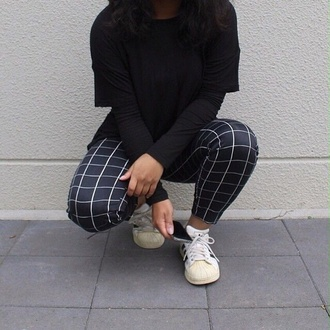 squares lines pants cool square pattern textures tumblr clothes tumblr leggings square pants square pattern blue pants adidas adidas shoes grid checkered pants black white white lines leggings grunge urban