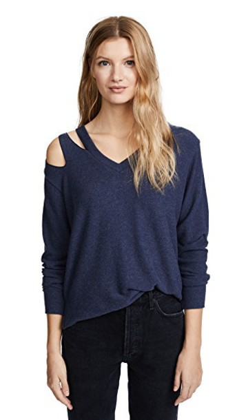 LnA pullover navy sweater