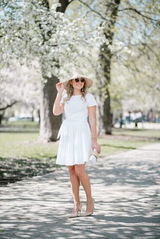 bows&sequins blogger dress hat shoes jewels sunglasses bag