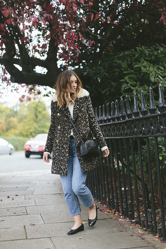what olivia did... blogger coat sweater jeans belt bag shoes animal print crossbody bag ballet flats