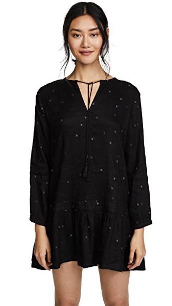 dress black stars