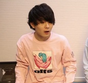 sweater,mahoto,youtube,mimei,pink,dragon ball,sweatshirt