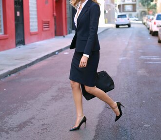 the classy cubicle blogger shirt cardigan sweater jacket coat bag shoes office outfits pencil skirt blazer black blazer white shirt black bag pumps black pumps high heel pumps pointed toe pumps