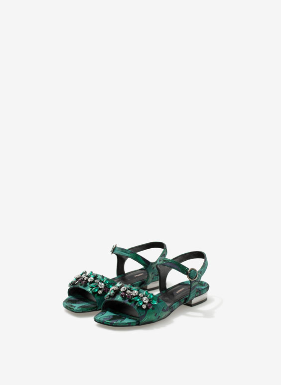 Gem sandals - Flat sandals - Footwear - Uterqüe France