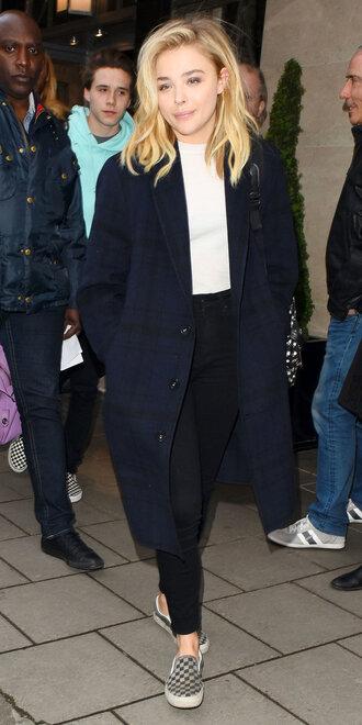 coat blue black blue and black checkerboard checkered coat chloe grace moretz oversized jacket oversized cardigan oversized coat checkered beautiful celebrity style celebrity celebstyle for less oversized